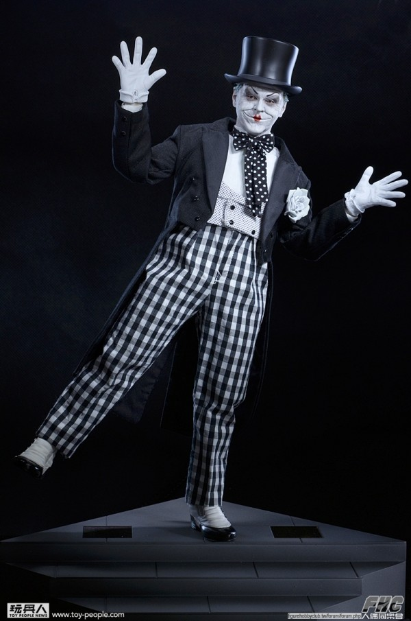 hottoys-joker-mime-026