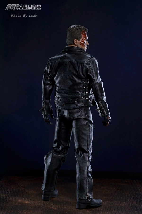 hottoys-dx13-t800b-003