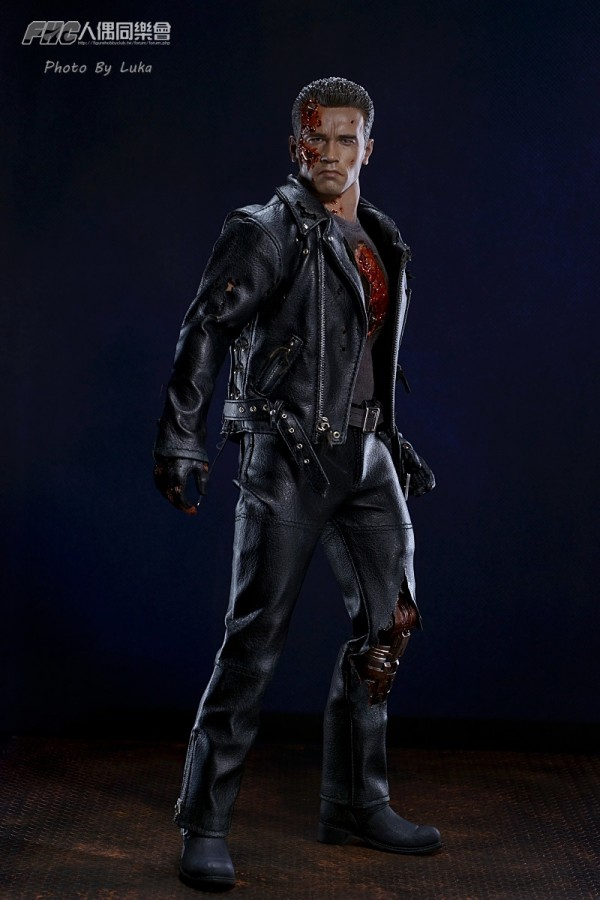 hottoys-dx13-t800b-004