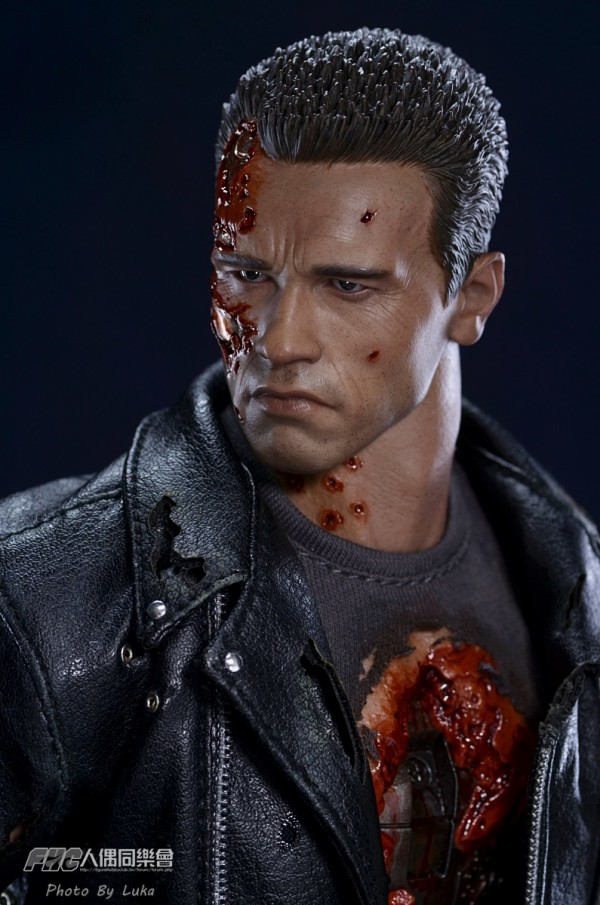 hottoys-dx13-t800b-006