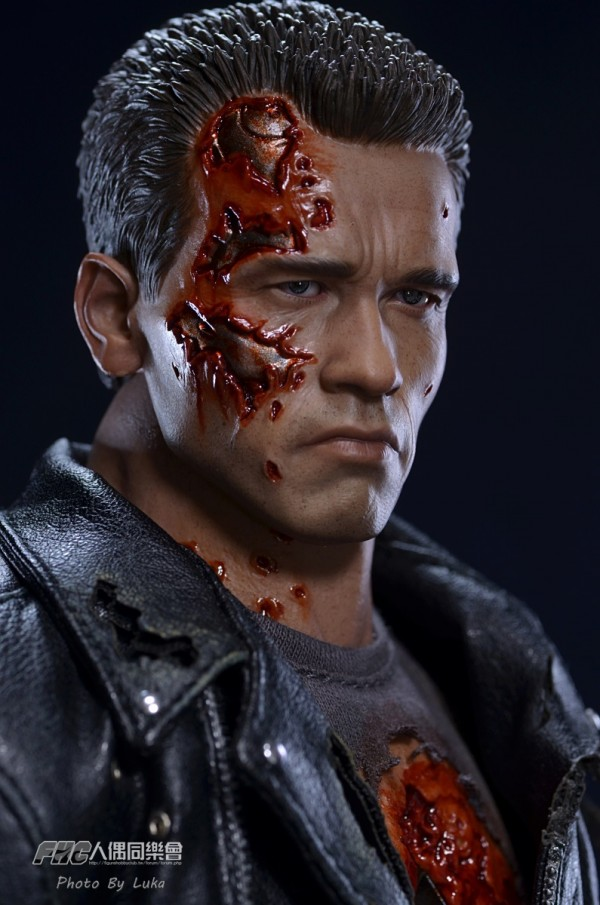 hottoys-dx13-t800b-010