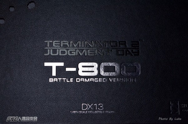 hottoys-dx13-t800b-013