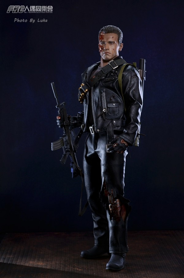 hottoys-dx13-t800b-020