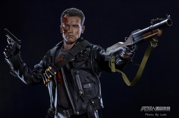 hottoys-dx13-t800b-024
