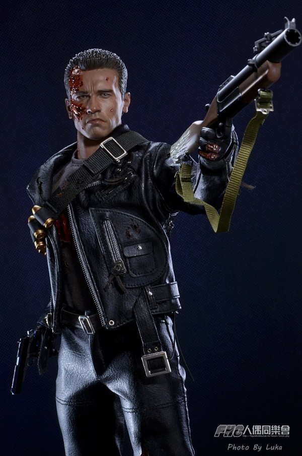 hottoys-dx13-t800b-025