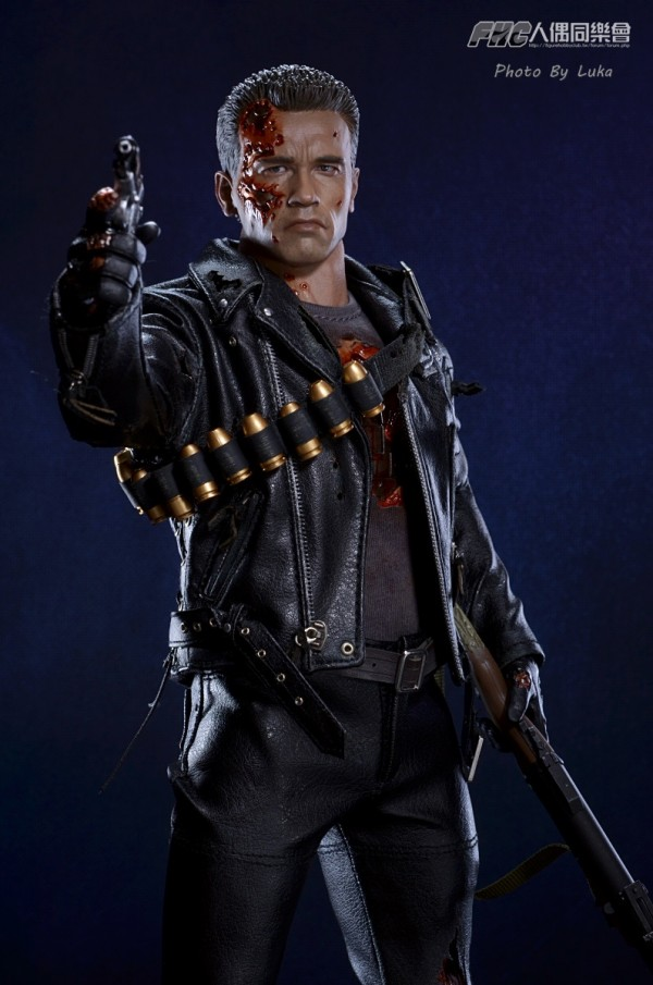 hottoys-dx13-t800b-026