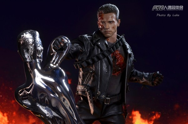 hottoys-dx13-t800b-034