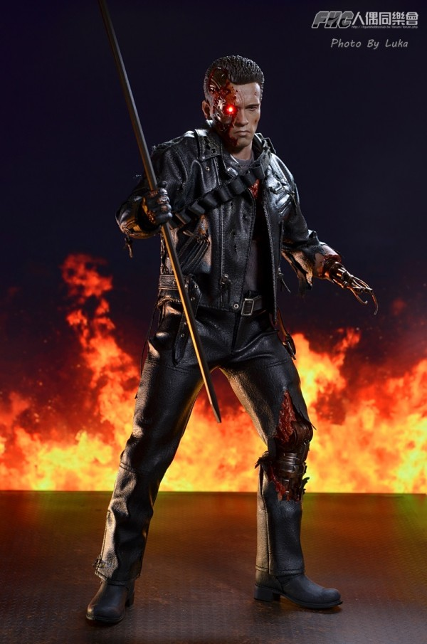 hottoys-dx13-t800b-039