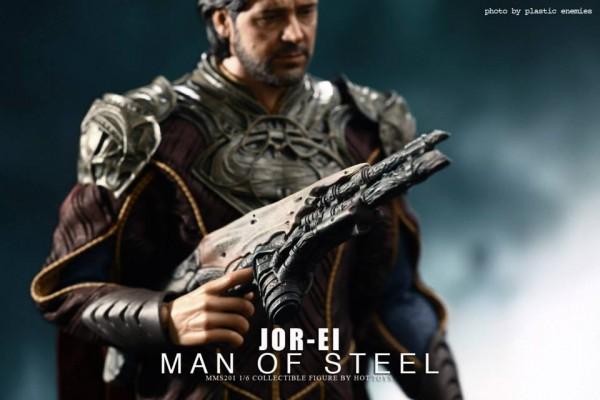 hottoys-superman-joeel-019