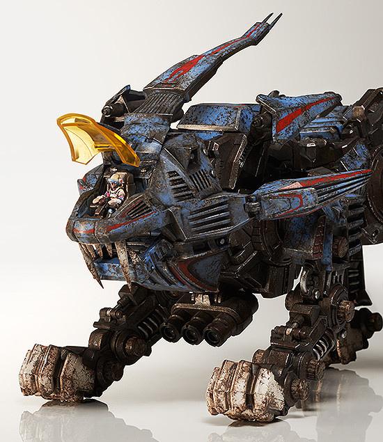 threezero-shield-lion-004