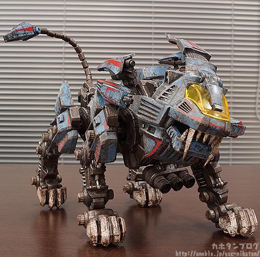 threezero-shield-lion-005