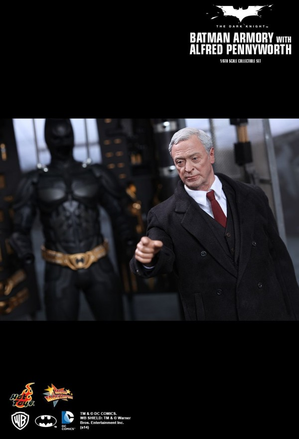 hottoys-batman-armory-018