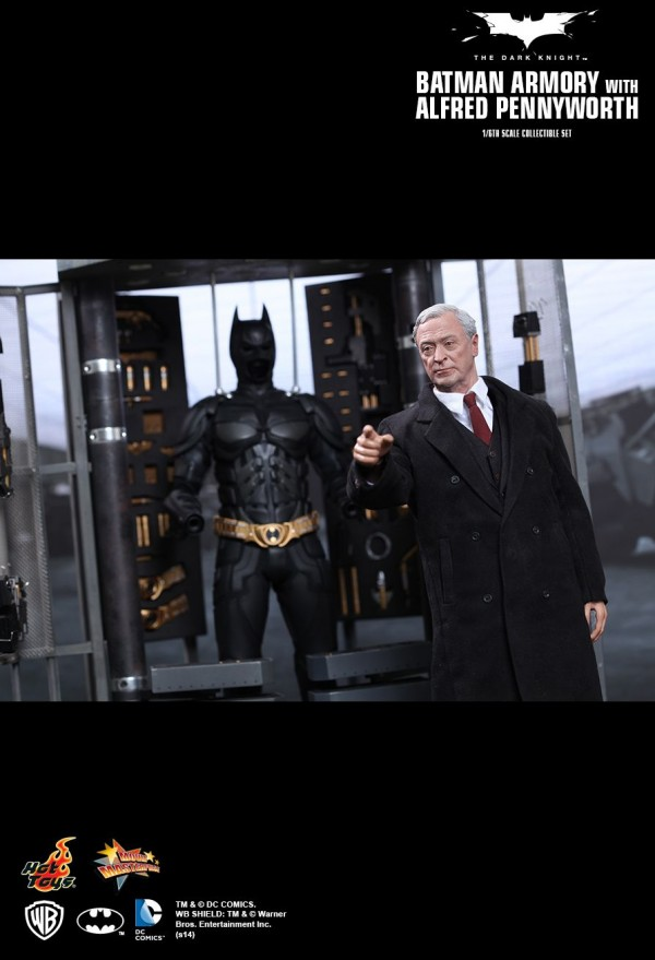 hottoys-batman-armory-019