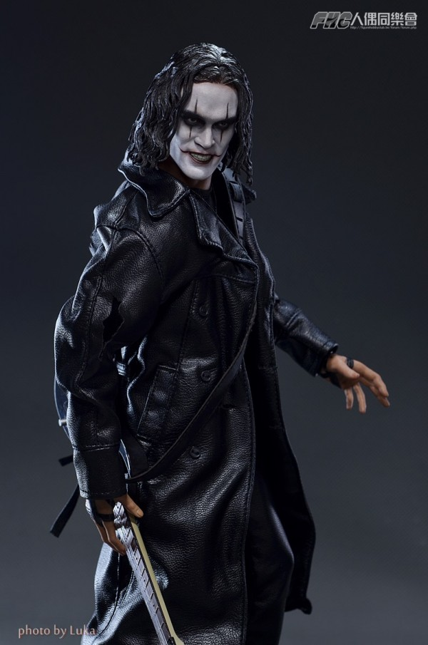 hottoys-crow-luka-011