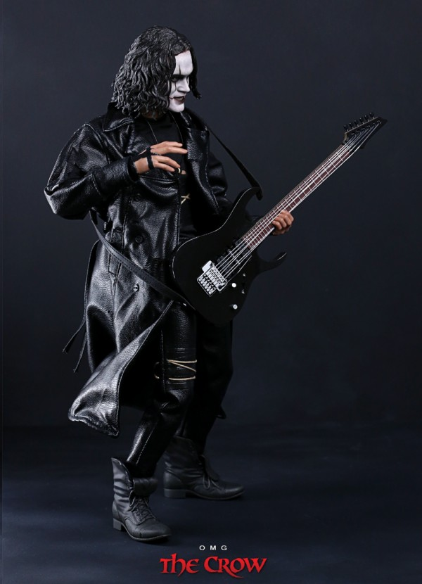hottoys-crow-omg-003