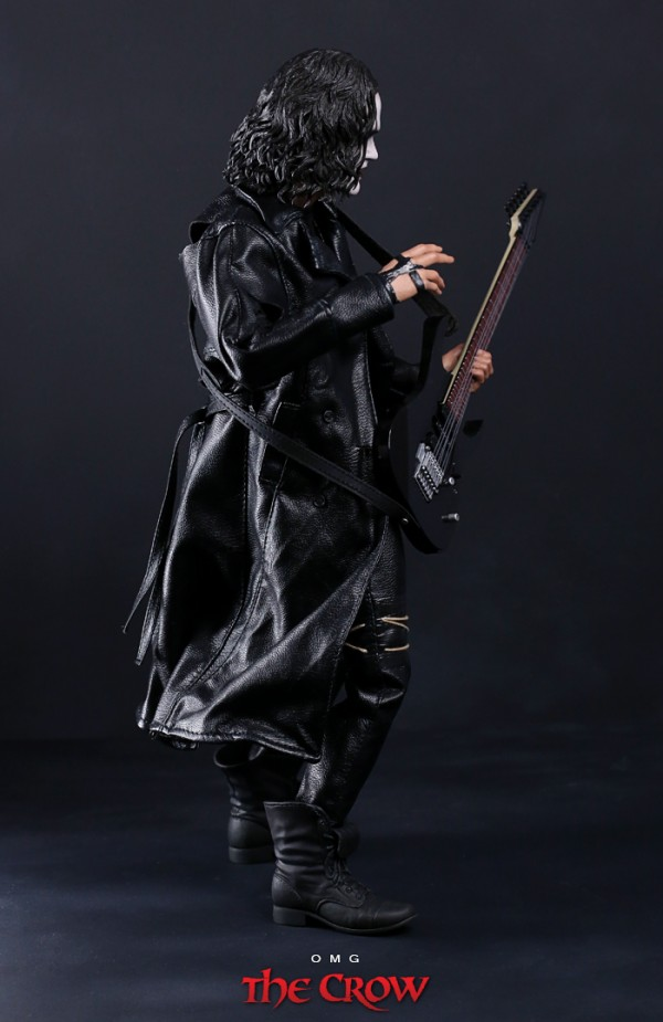 hottoys-crow-omg-004