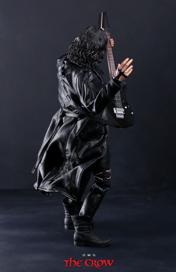 hottoys-crow-omg-005