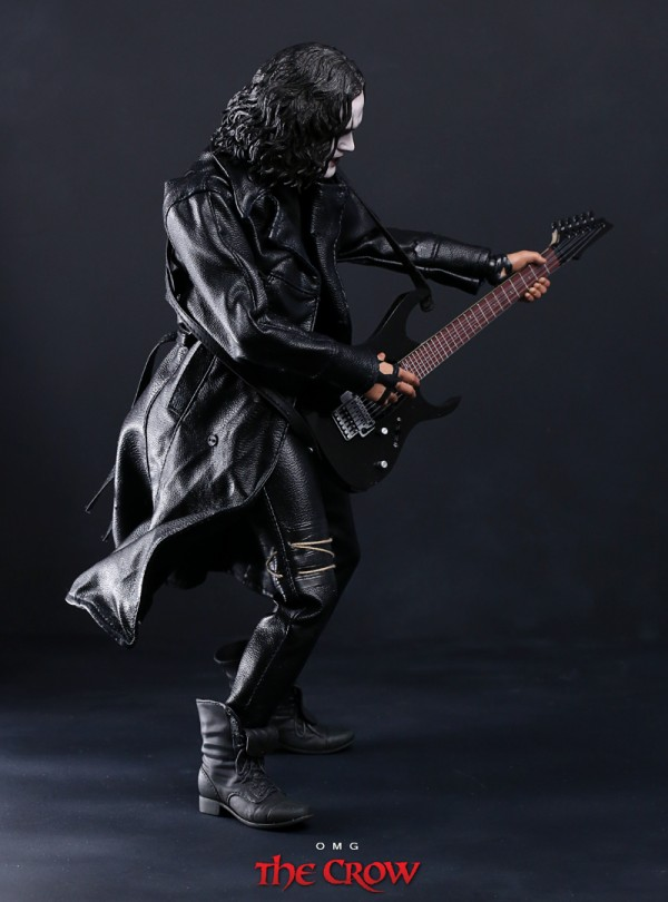 hottoys-crow-omg-007