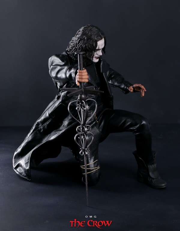 hottoys-crow-omg-055