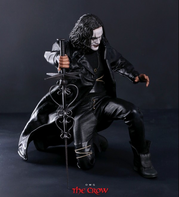 hottoys-crow-omg-056