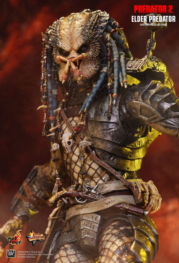 hottoys-elder-predator-003