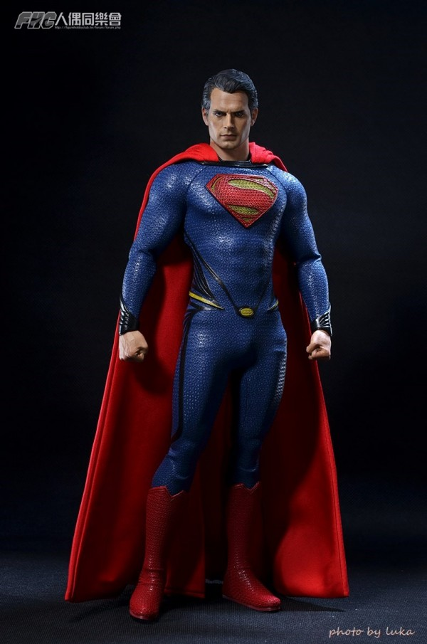 hottoys-superman-luka-006
