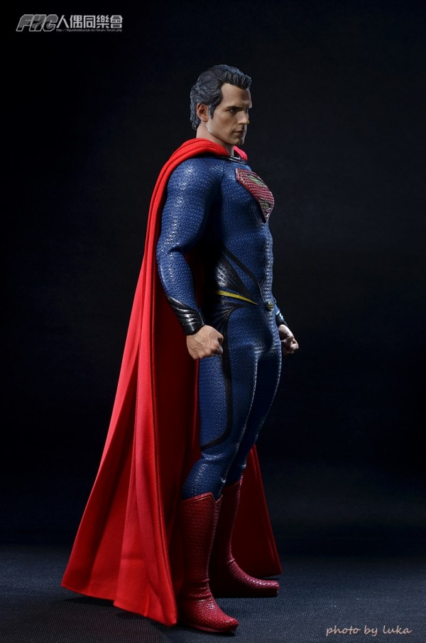 hottoys-superman-luka-007