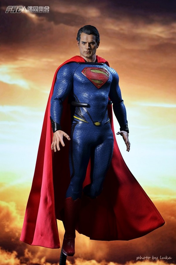 hottoys-superman-luka-012