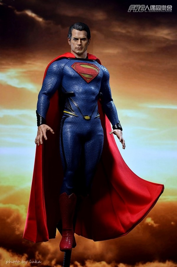 hottoys-superman-luka-013