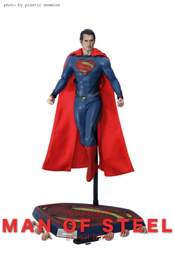 hottoys-superman-plastic-001