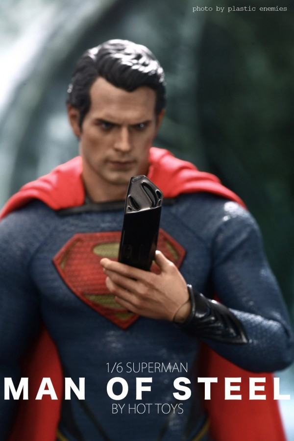 hottoys-superman-plastic-004