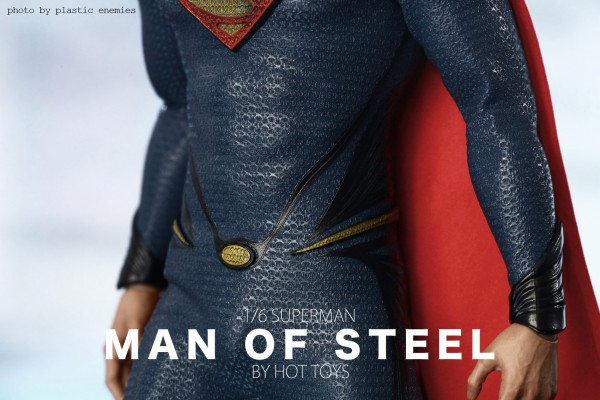 hottoys-superman-plastic-007