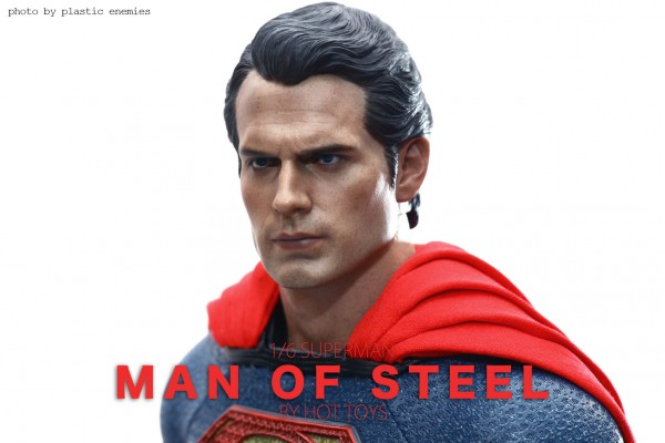 hottoys-superman-plastic-009