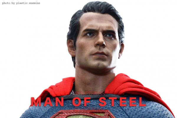 hottoys-superman-plastic-010