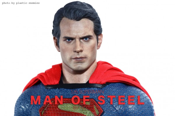 hottoys-superman-plastic-012