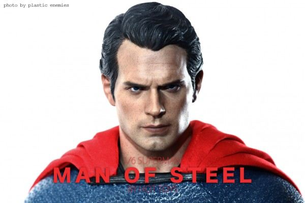 hottoys-superman-plastic-013