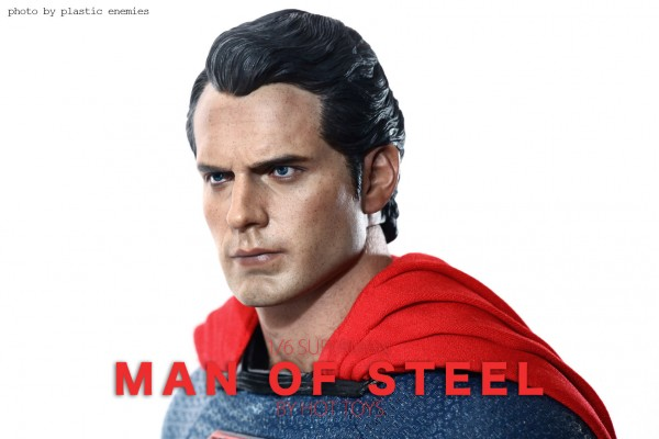 hottoys-superman-plastic-017
