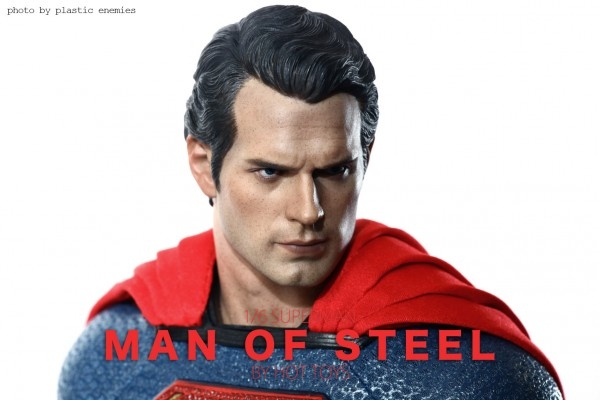 hottoys-superman-plastic-018
