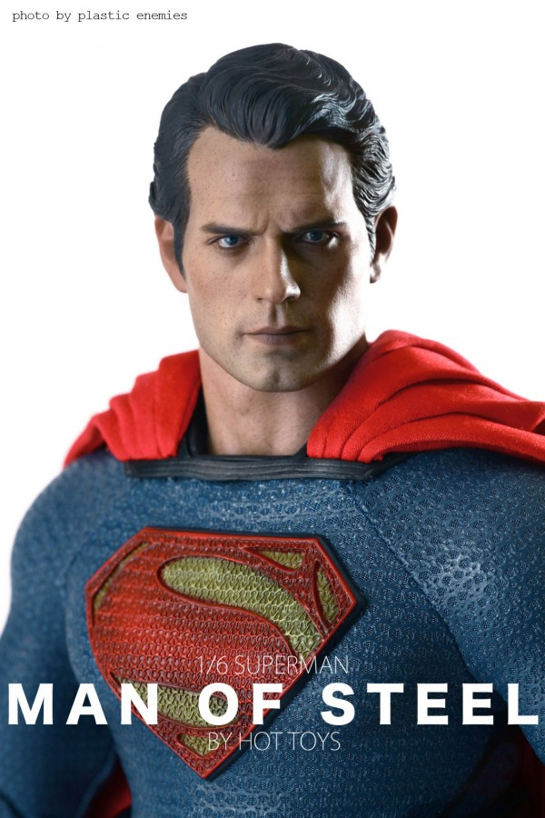 hottoys-superman-plastic-025