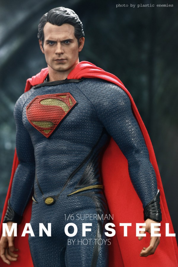 hottoys-superman-plastic-026
