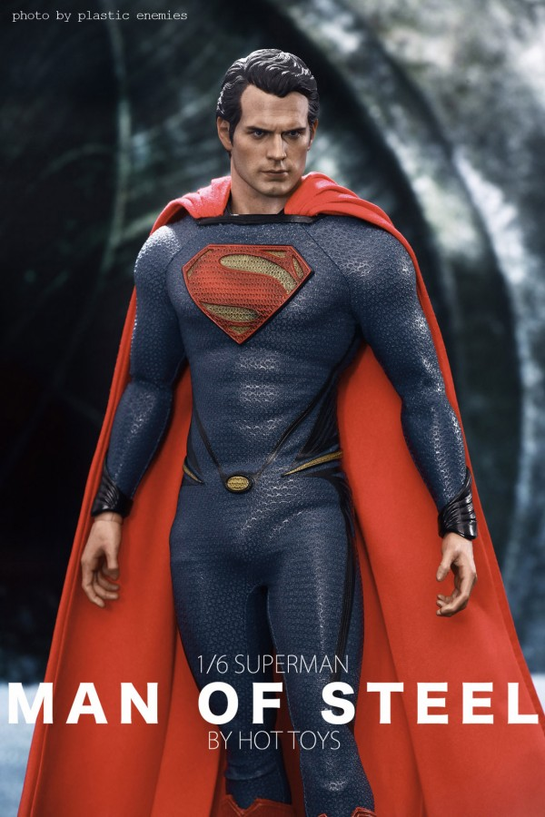 hottoys-superman-plastic-027