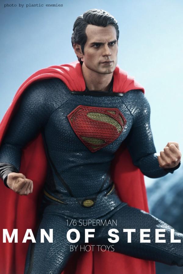 hottoys-superman-plastic-028