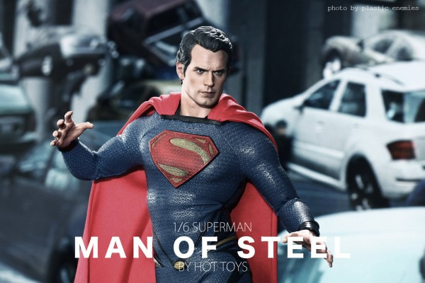 hottoys-superman-plastic-034