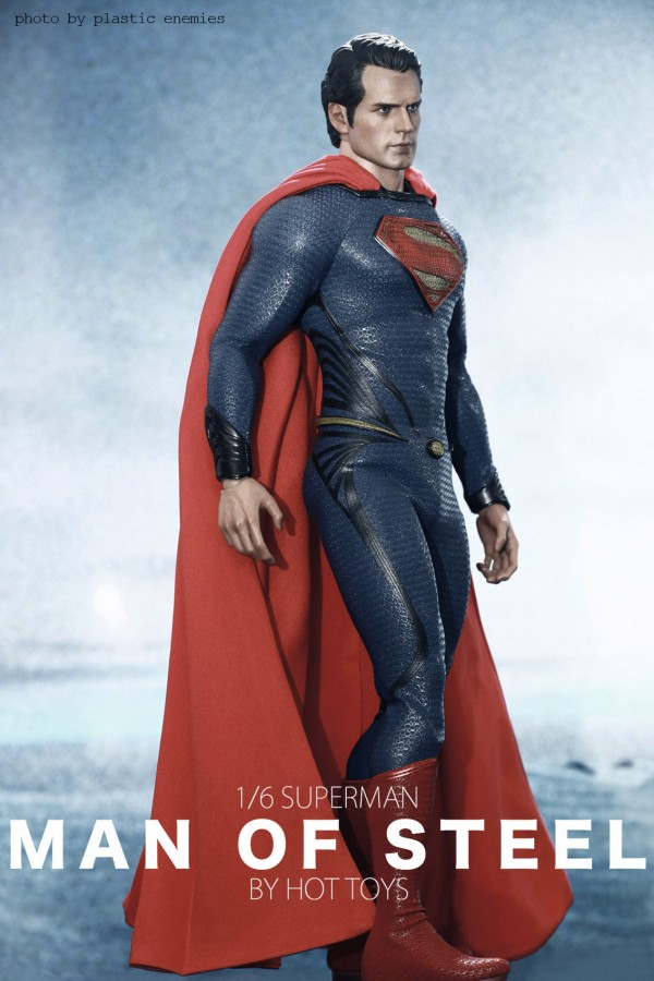 hottoys-superman-plastic-035