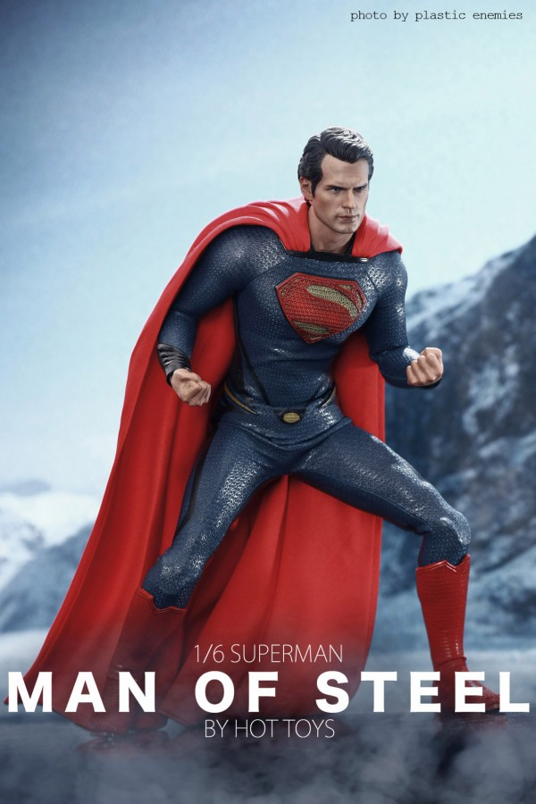 hottoys-superman-plastic-038