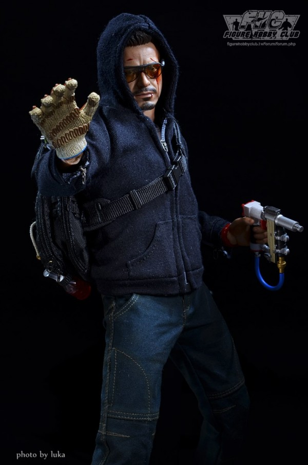 hottoys-tony-stealth-luka-011