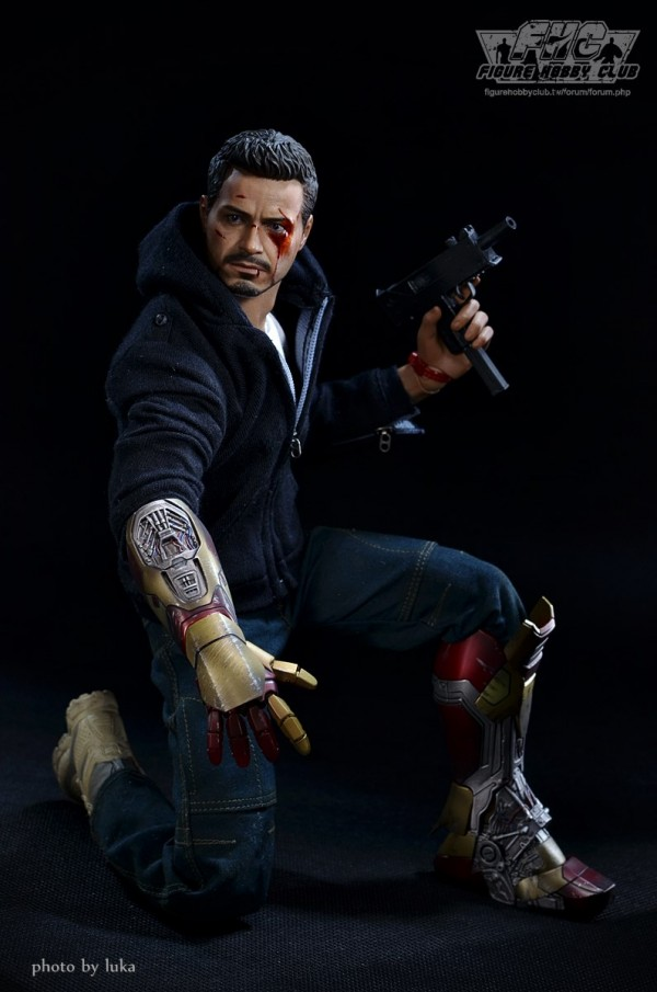 hottoys-tony-stealth-luka-018