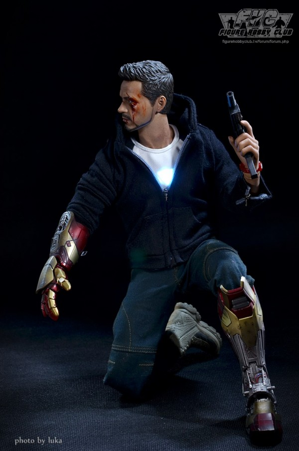 hottoys-tony-stealth-luka-019