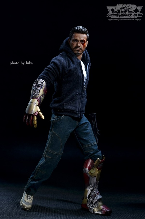 hottoys-tony-stealth-luka-021