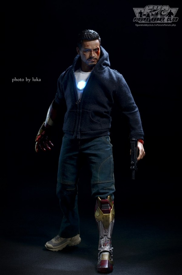 hottoys-tony-stealth-luka-022